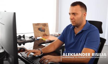 Aleksandër Risilia – UNYT Success Story (Map Your Path)