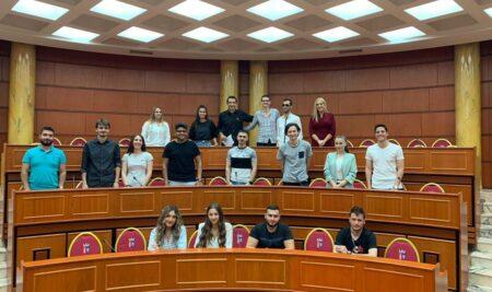 UNYT Students Meet The Mayor of Tirana